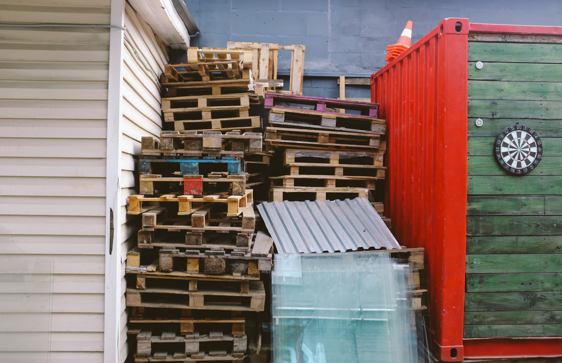Pallets and junk that need to be removed in Salt Lake City Utah.